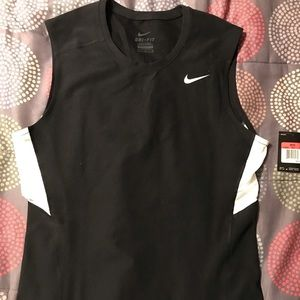 Men's fitted dry fit tank top